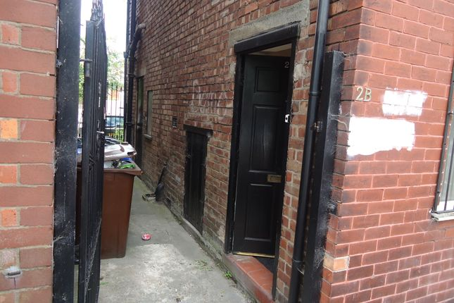 Thumbnail Flat to rent in Lansdowne Road, Crumpsall, Manchester