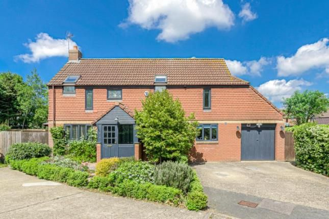 Thumbnail Detached house for sale in Abraham Close, Willen Park, Milton Keynes
