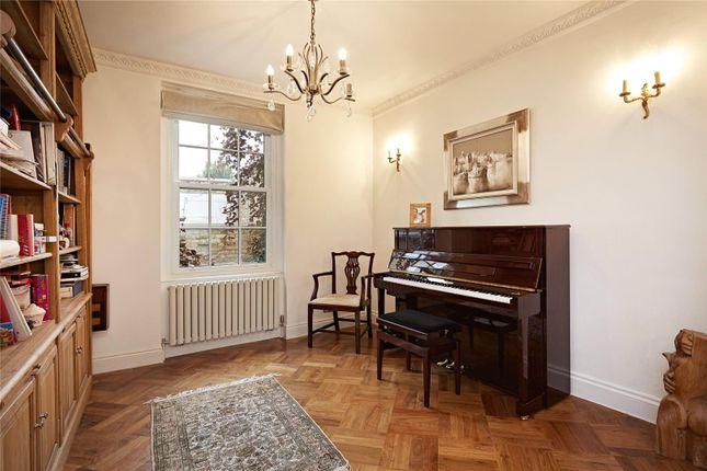 Study of Britten Street, Chelsea, London SW3