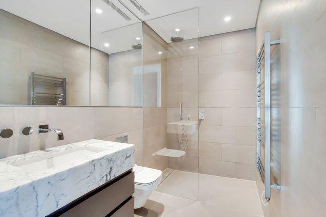7_Bathroom-0 of Shoreditch High Street, London E1