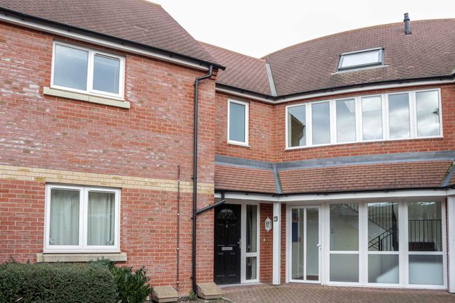 Thumbnail Flat to rent in Boshers Close, Cholsey