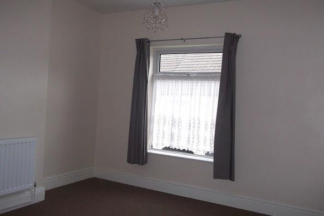 Thumbnail Terraced house to rent in New Street, Alfreton