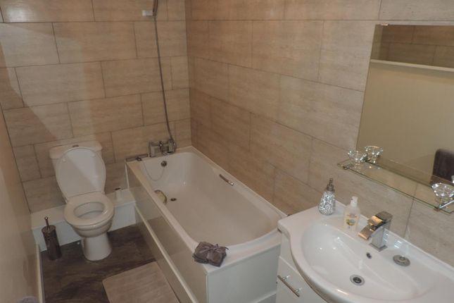Bathroom of Monticello Way, Coventry CV4