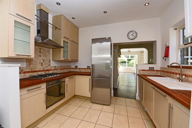 4 bed end terrace house to rent in Manor Road, Wimbledon, Wimbledon