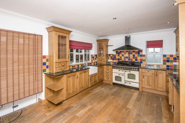 Thumbnail Detached house for sale in Cavendish Avenue, St. Leonards-On-Sea