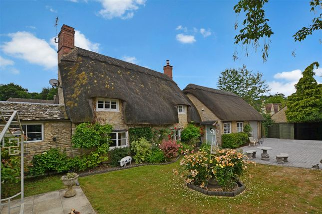 Thumbnail Cottage for sale in Church Road, Weston-On-The-Green, Bicester