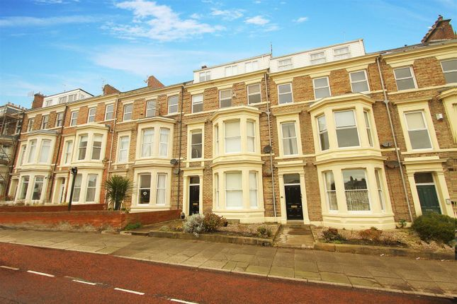 2 bed flat to rent in Percy Park, Tynemouth, North Shields NE30