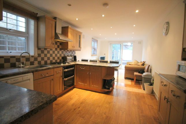 Thumbnail Terraced house to rent in Glenthorne Road, London