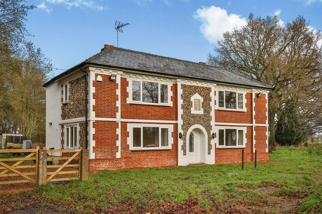 Thumbnail Detached house for sale in Norwich Road, Necton, Swaffham
