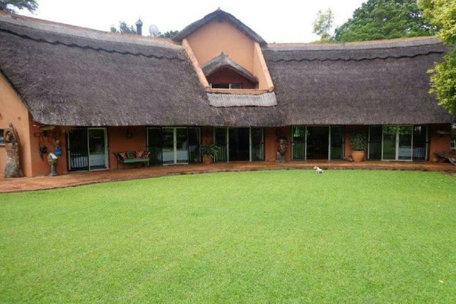 Thumbnail Detached house for sale in Sunningdale Close, Harare North, Harare