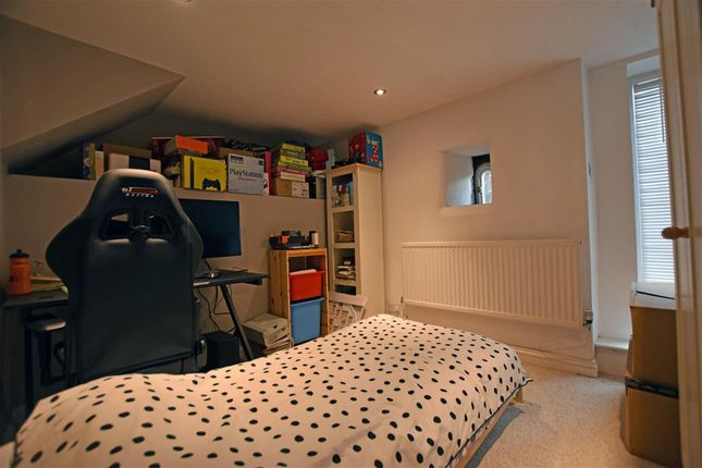 Thumbnail Cottage to rent in Dean House Lane, Luddenden