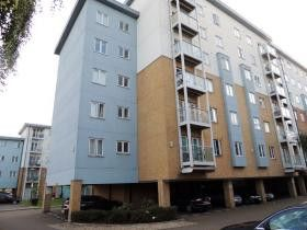 Flat for sale in Foundry Court, Mill Street, Slough, Berkshire