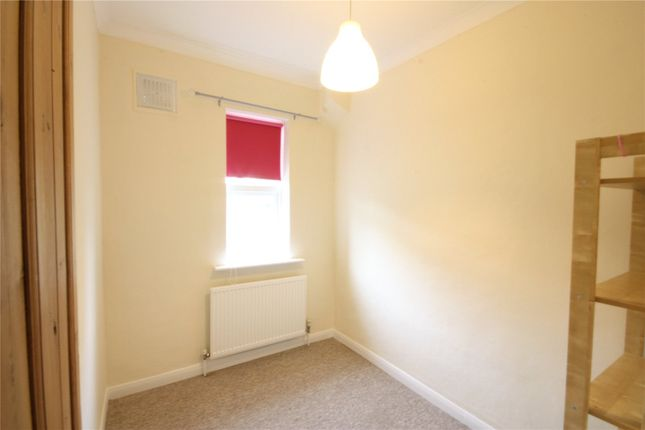 Picture No. 10 of Radcliffe Avenue, Enfield, Middlesex EN2