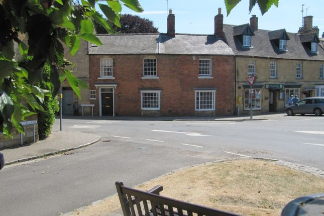 Thumbnail Terraced house for sale in Church Street, Chipping Campden