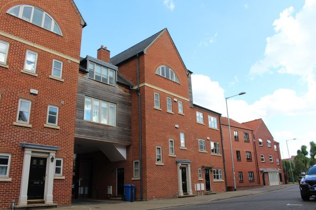 Thumbnail Flat to rent in Fishergate, Norwich, Norfolk