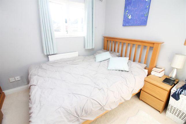 Bedroom of Kepwick, Two Mile Ash, Milton Keynes MK8