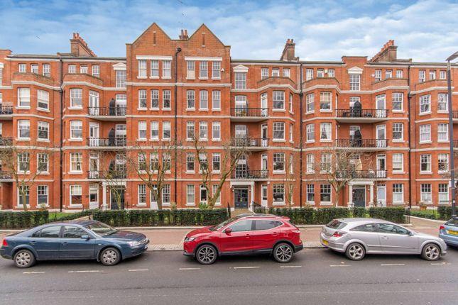Thumbnail Flat for sale in Albert Bridge Road, Battersea Park