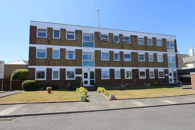 Thumbnail Flat for sale in Wolfe Court, Canada Road, Walmer, Deal, Kent