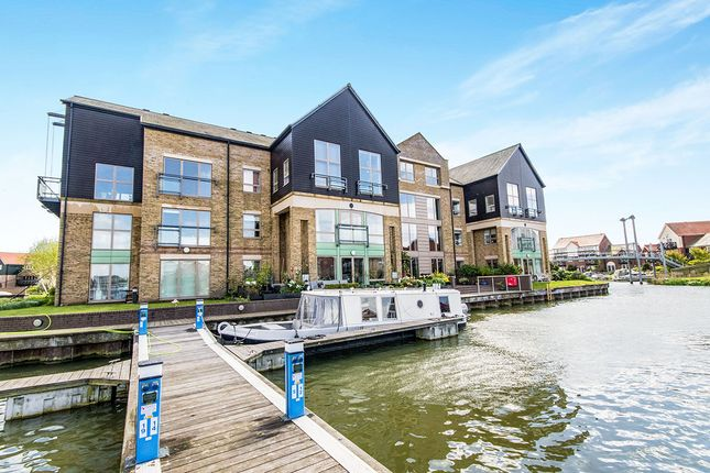 Thumbnail Flat for sale in Marine Approach, Burton Waters, Lincoln