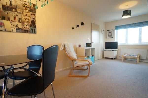 Lounge of Dundee Drive, Fishponds, Bristol BS16