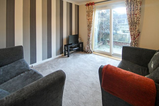 Thumbnail End terrace house to rent in Blackpool View, Leeds