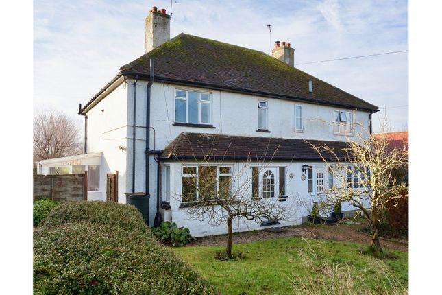 Thumbnail Semi-detached house for sale in Hoe Lane, Flansham