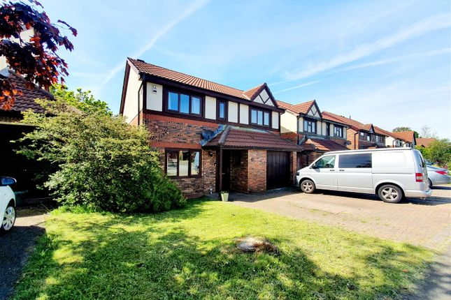 Thumbnail Detached house for sale in Clos Y Nant, Gorseinon, Swansea