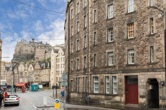 Thumbnail 1 bed flat for sale in Cowgatehead, Old Town, Edinburgh
