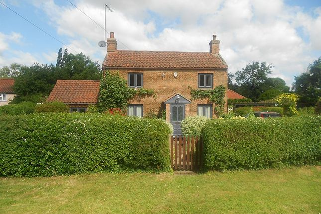 Thumbnail Cottage for sale in Tottenhill Row, Tottenhill, King's Lynn, Norfolk