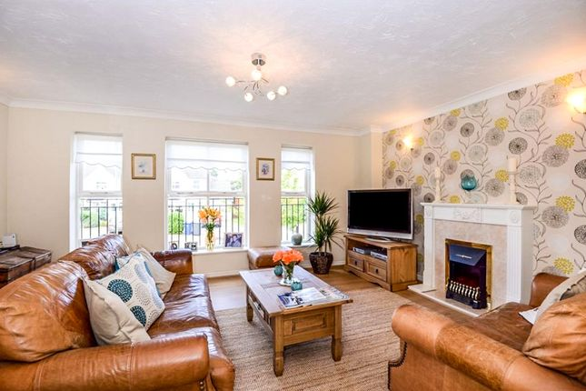 Thumbnail Town house for sale in Cheddar Close, London