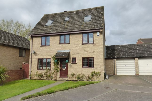 6 bed detached house for sale in Hempsted Mews, Norwich