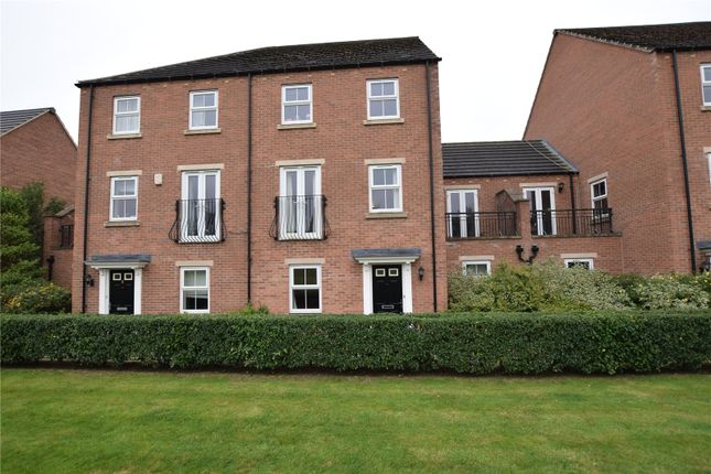 Thumbnail Town house to rent in Chandos Mews, Leeds, West Yorkshire