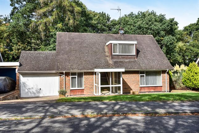 Thumbnail Detached bungalow for sale in Heathermount Drive, Crowthorne, Berkshire