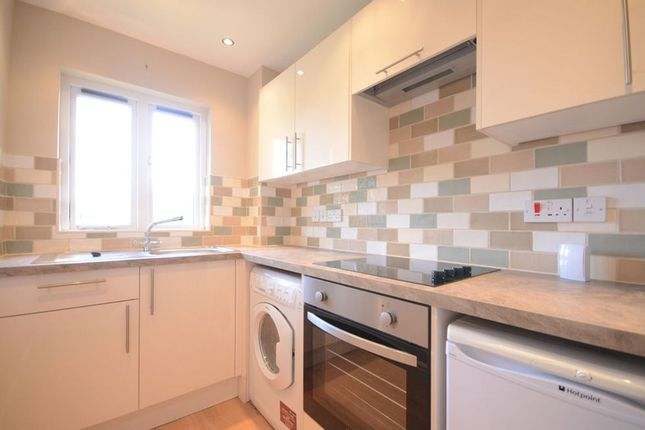 Thumbnail Maisonette to rent in Shakespeare Way, Warfield