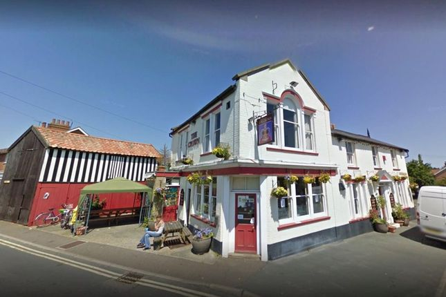 Thumbnail Pub/bar for sale in King Georges Avenue, Leiston