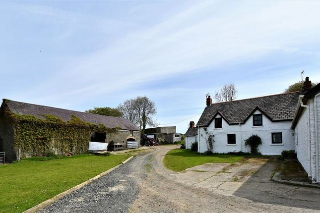 Thumbnail Farmhouse for sale in Creuddyn Bridge, Lampeter