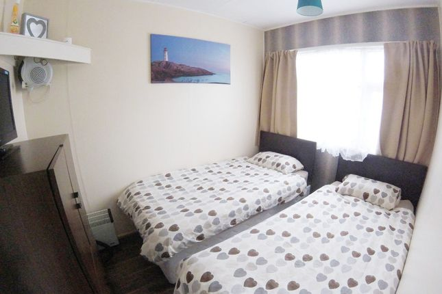 Bed 2 of Wilsthorpe, Bridlington YO15