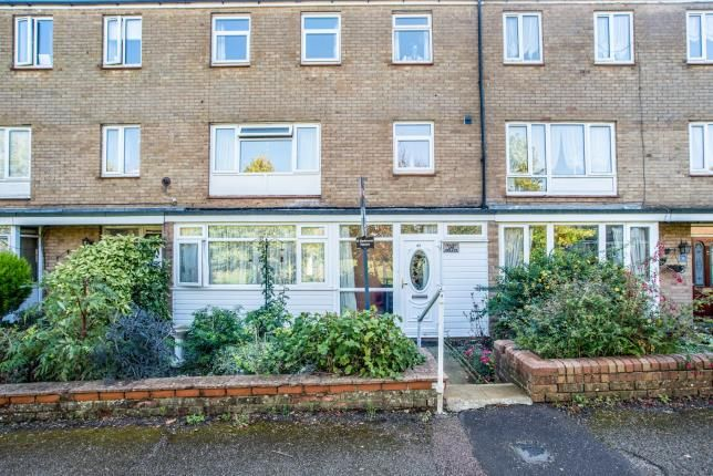 Thumbnail Terraced house for sale in Barley Croft, Hemel Hempstead, Hertfordshire