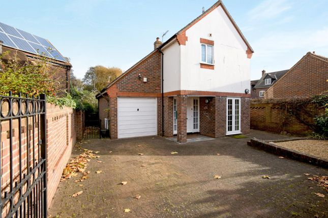 Thumbnail Detached house to rent in Spring Gardens, Emsworth
