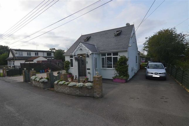 Thumbnail Detached bungalow for sale in Katherine Road, Bowers Gifford, Basildon