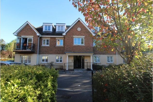 Thumbnail Flat for sale in Meadow House, Toad Lane, Blackwater, Surrey