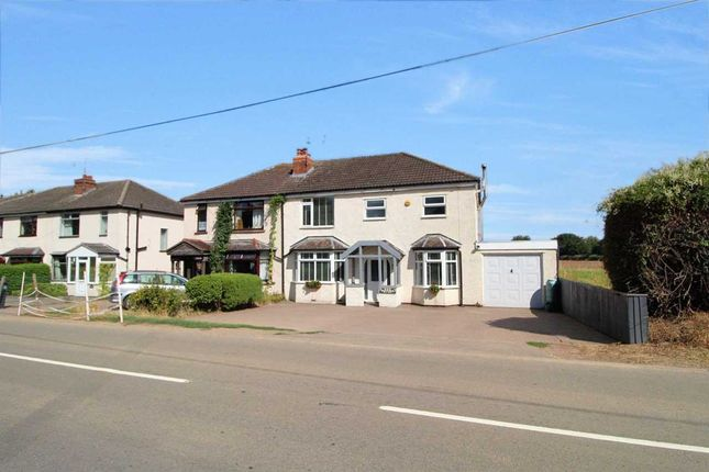 Thumbnail Semi-detached house for sale in Kentucky, Stoneleigh Road, Bubbenhall