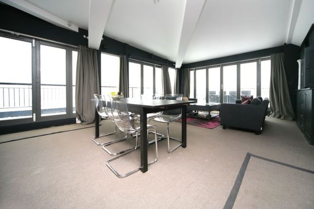 Thumbnail Flat to rent in The Colourhouse, Bell Yard Mews, London