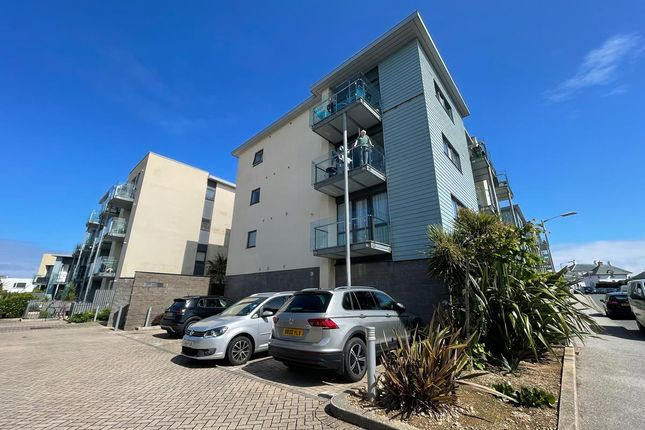 Thumbnail Flat to rent in Pentire Crescent, Newquay