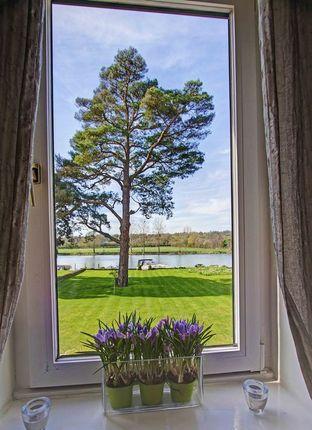 Inspiring Views of Sumptuous Riverside Apartment, Riversdale SL8