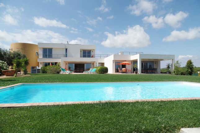 4 bed villa for sale in Quelfes, Olhão, Portugal