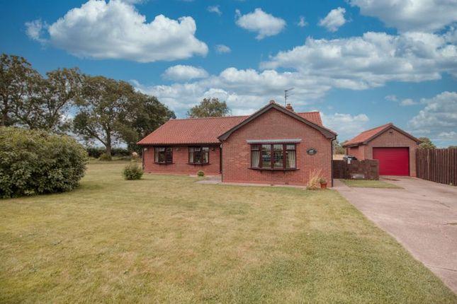 Thumbnail Detached bungalow to rent in Holmes Lane, Winterton, Scunthorpe
