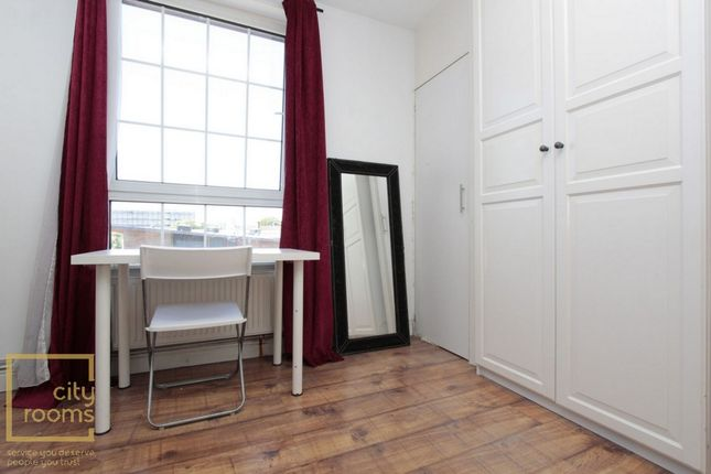 Photo 5 of Devitt House, Wade's Place, Westferry E14