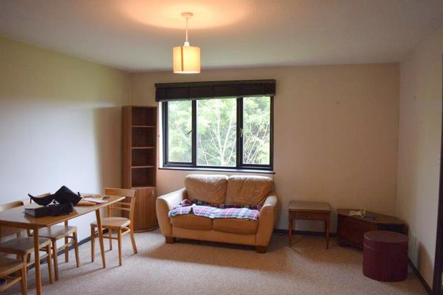 Thumbnail Flat to rent in Tanglewood Way, Feltham