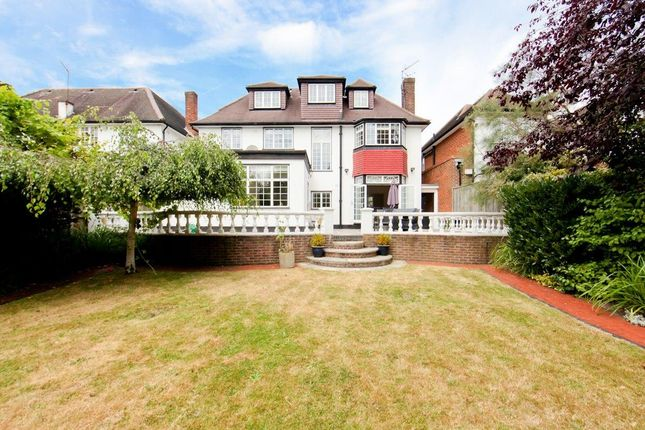 Thumbnail Detached house to rent in Beaufort Road, Ealing, London